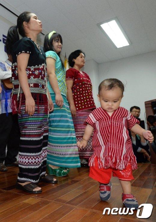 [사진]16회 세계난민의 날 '난민 문제에 관심을'