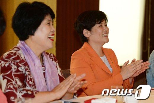 [사진]환하게 웃는 강은희 장관