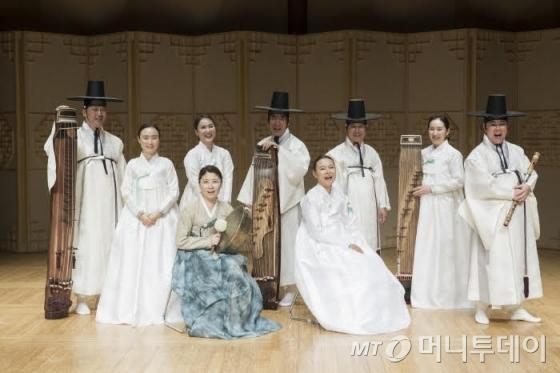 국립국악원 민속악단 정기공연 '즉흥'에 출연하는 남도즉흥 연주팀/사진제공=국립국악원