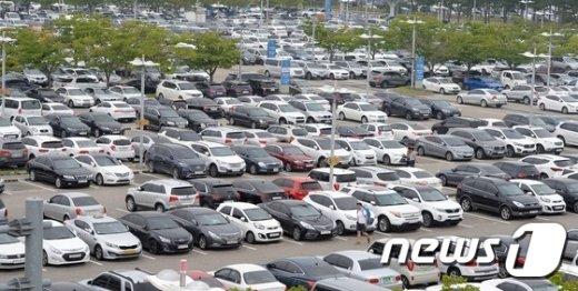 [사진]'주차장도 가득 찼어요'