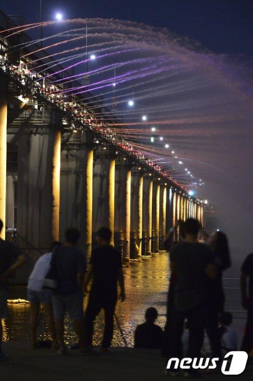 [사진]'낮에는 폭염, 밤에는 열대야'