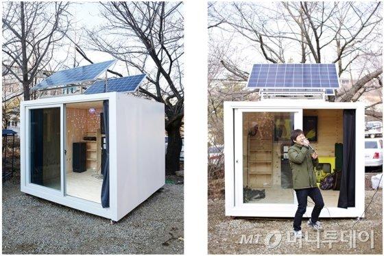 고재욱이 노래방을 모티브로 제작한 설치 작품인 '가라오케 하우스'(KARAOKE HOUSE). /사진제공=고재욱