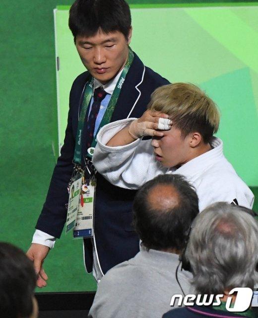 [사진]이원희 코치 '이심전심'
