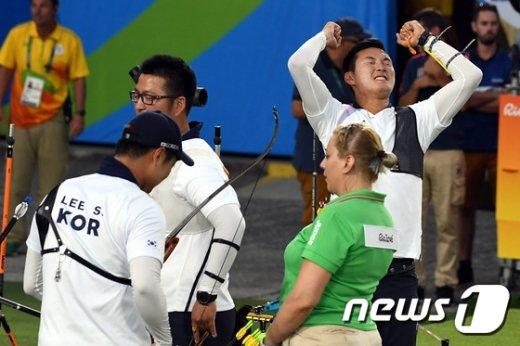 [사진]양궁 구본찬 '금메달이다'
