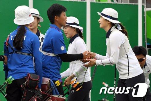 [사진]女 양궁 단체전 '대만 꺽고 결승행'