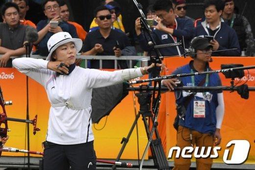 [사진]장혜진 '10점 만점'
