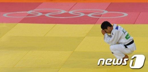 [사진]유도 안바울, 세계랭킹 26위에 덜미…66㎏급 은메달