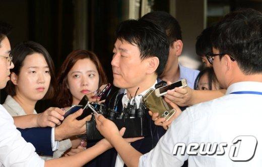 [사진]무거운 표정의 이장석 대표