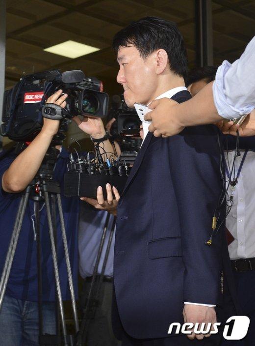 [사진]이장석 대표 '굳게 다문 입'