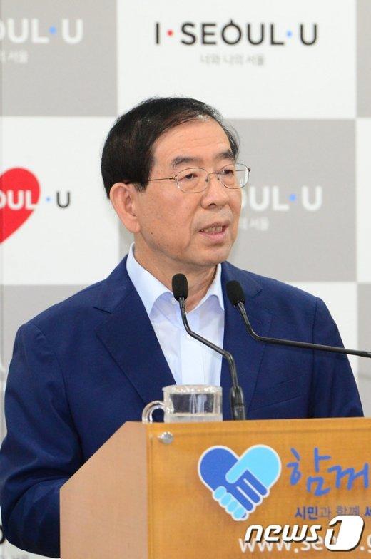 [사진]박원순 시장 '청년들에게 좋은 미래를'