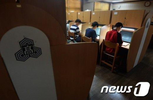 [사진]'폭염·올림픽도 잊고'