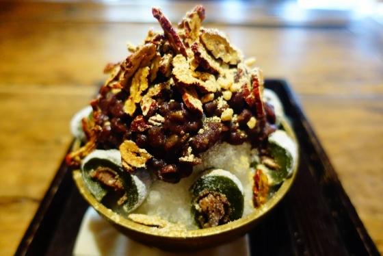 전남 남원시 광한루 인근의 한옥 카페 '산들다헌'에서 맛볼 수 있는 대추빙수. 대추칩과 현미 크런치가 만들어내는 바삭한 식감이 일품이다. /사진=김유진 기자