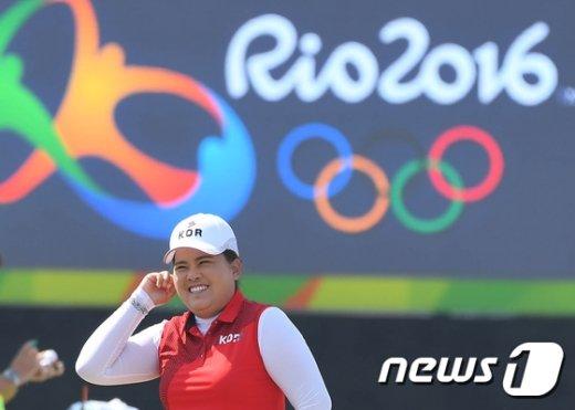 [사진]환하게 웃는 '퀸비' 박인비