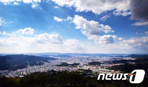 대전 식장산에서 바라본 대전시내.(독자제공)2016.8.29/뉴스1 © News1