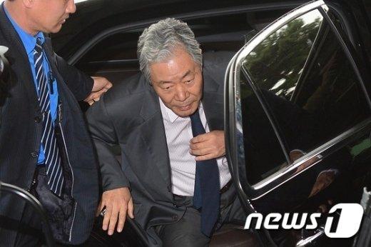 [사진]이경재 변호사 '최순실 변호 위해'