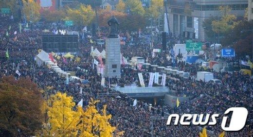 [사진]광화문광장까지 가득찬 집회 참가자들