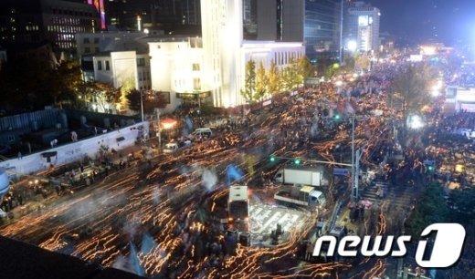 [사진]청와대 향하는 촛불행렬