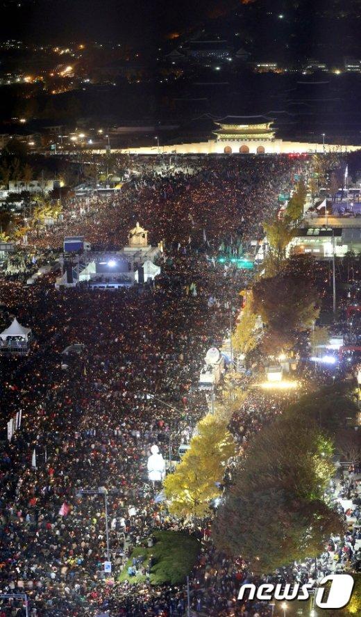 [사진]100만 촛불...'박근혜 퇴진'외쳐