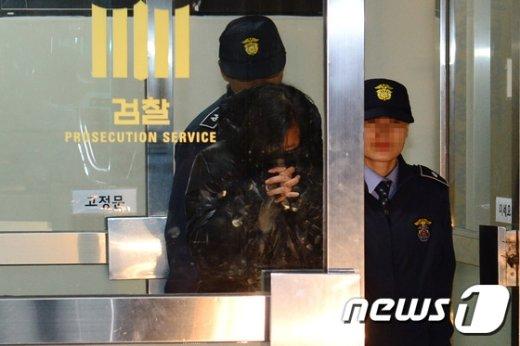 [사진]장시호 '검찰에서 구치소로 이송'