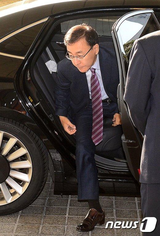 [사진]출근하는 김수남 검찰총장