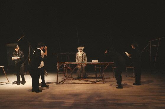 '여수 처음, 중간, 끝' 공연