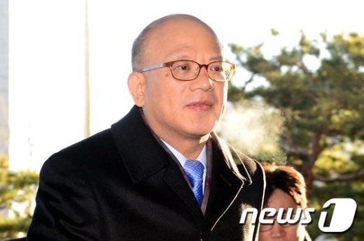 [사진]출근하는 박한철 헌재소장
