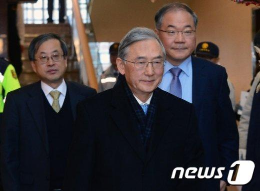 [사진]시흥캠퍼스 논란 속 모인 서울대 역대 총장들