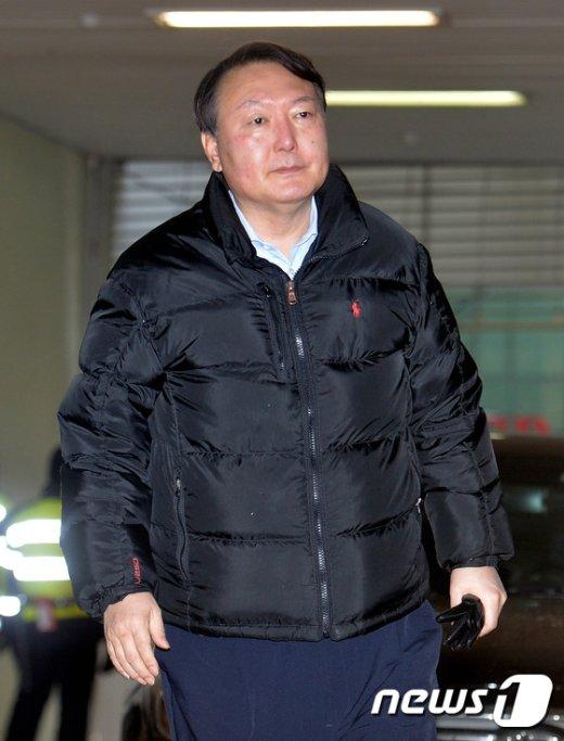 [사진]출근하는 윤석열 수사팀장