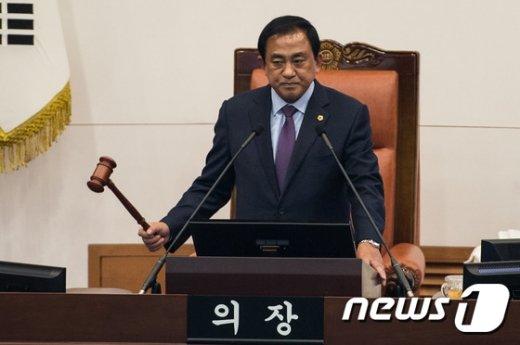 양준욱 서울시의회 의장. /뉴스1 © News1