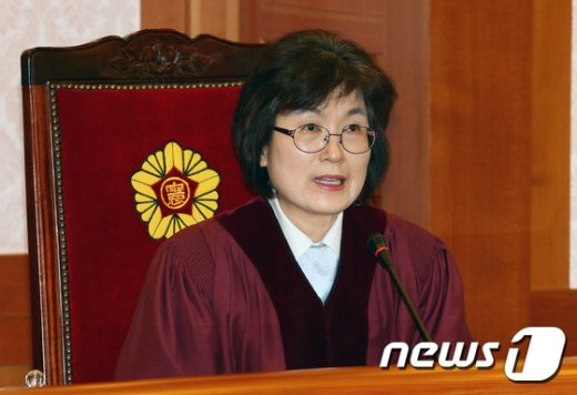 [사진]3차 준비절차기일에 참석한 이정미 재판관