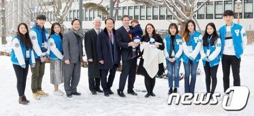 [사진]한국 떠나기 전 연세대 찾은 리퍼트 대사