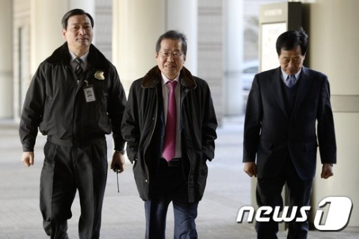 홍준표 경남도지사. 2017.1.10/뉴스1 © News1 안은나 기자