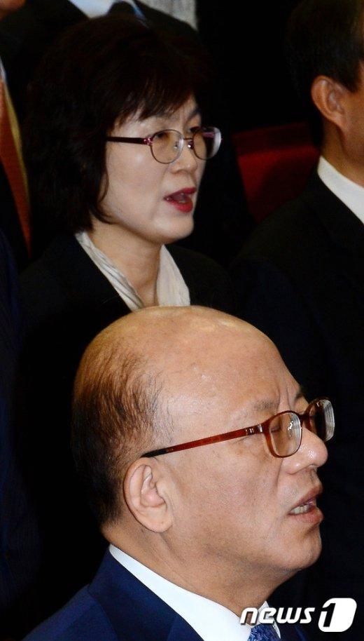 [사진]박한철 소장과 이정미 재판관