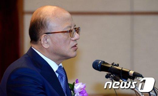 """[사진]박한철 """"조속한 탄핵심판 결론 모든 국민이 공감"""""""