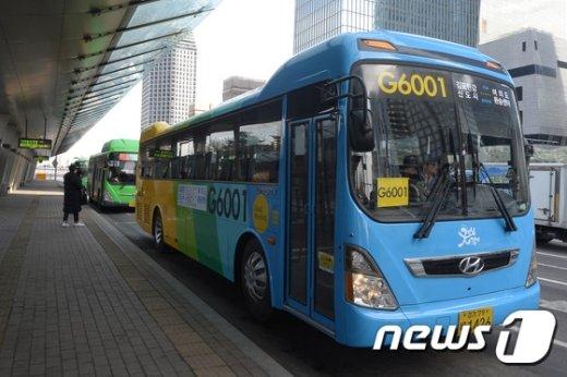 [사진]여의도와 김포 한강신도시를 달리는 굿모닝급행버스