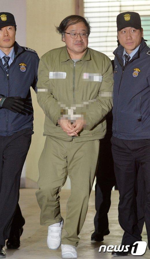 [사진]특검 향하는 안종범 전 수석