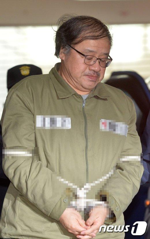 [사진]조사실 향하는 안종범