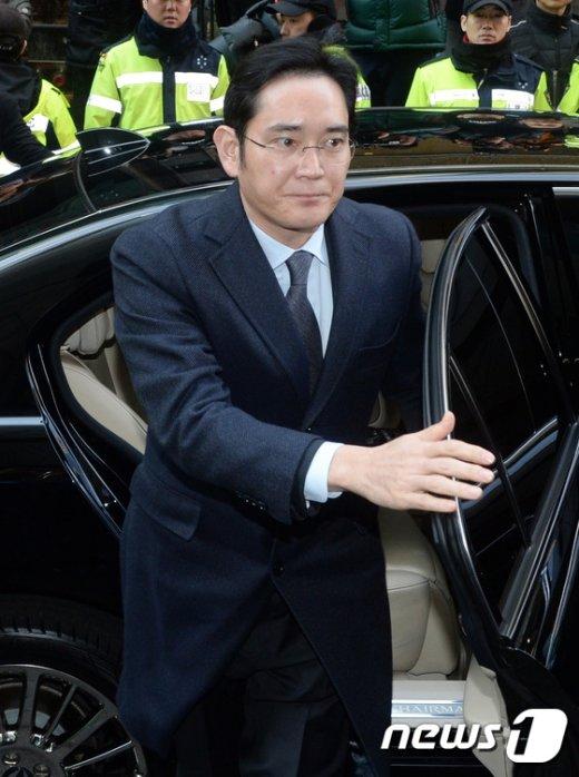 [사진]이재용 부회장 특검 재출석