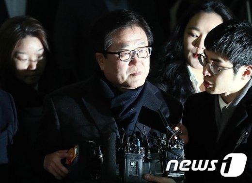 [사진]이재용 부회장 이어 박상진 사장 특검 출석
