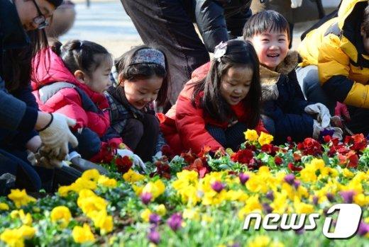 [사진]'봄꽃 미소'