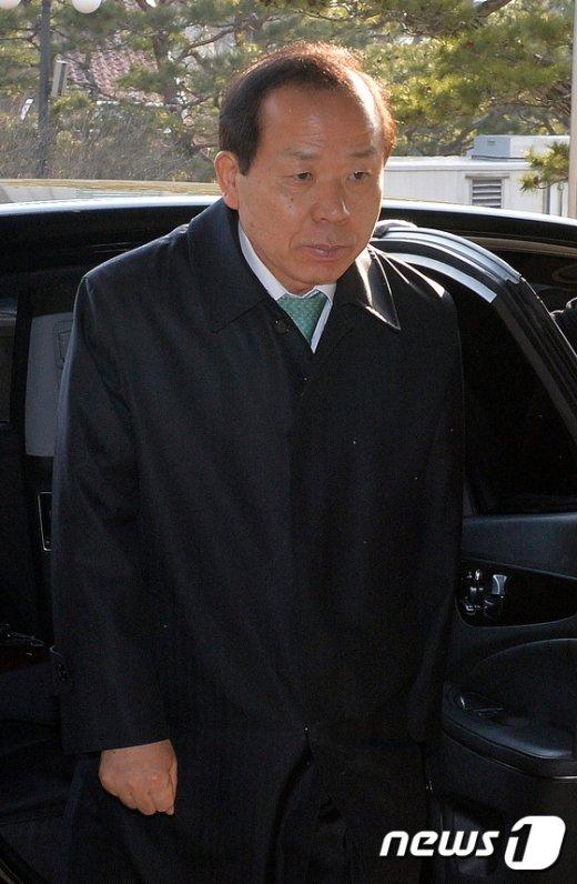 [사진]출근하는 김이수 헌법재판관