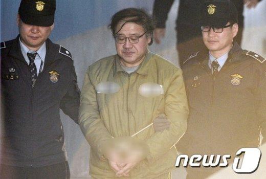 [사진]법정 향하는 안종범