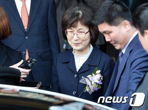 [사진]임기 마치고 헌재 떠나는 이정미
