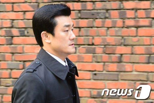[사진]이영선 '박 前 대통령 자택으로'