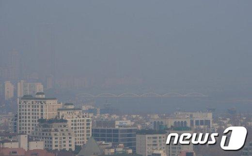 [사진]미세먼지에 가려진 63빌딩