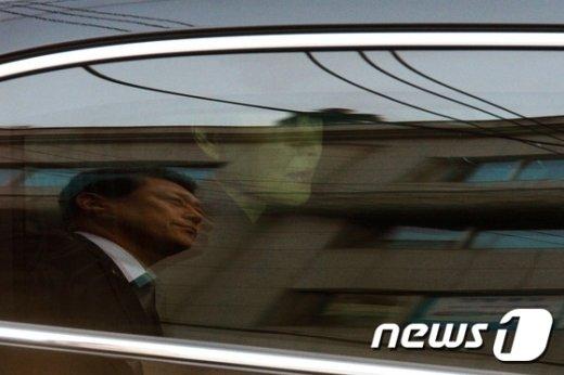 [사진]근심 어린 표정의 박근혜 전 대통령