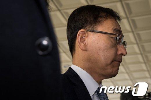 [사진]김수남 검찰총장 '구속영장 청구하나'