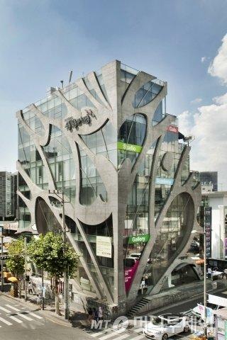 서울 서교동에 위치한 KT&G 상상마당 전경./사진제공=KT&G