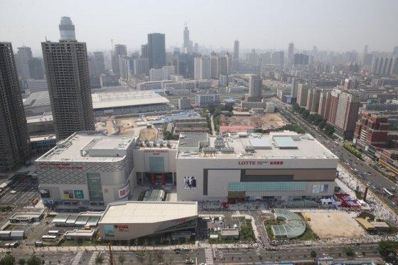중국 랴오닝성 선양시 롯데백화점 전경