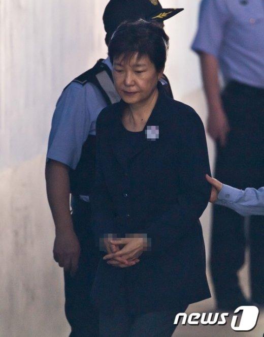 [사진]박근혜 '3차 공판 출석'
